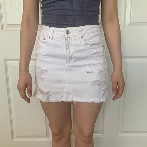 A&E White skirt